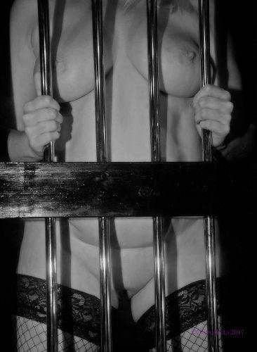 Muse - Imprisoned