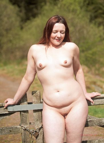 Lou - Nudist by the gate