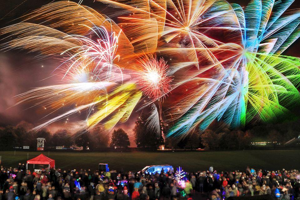 Fireworks 2013 1-2 res