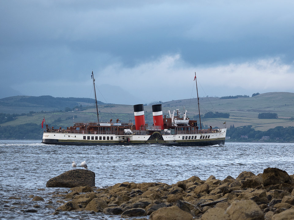 Waverley passing Cloch Lighthouse