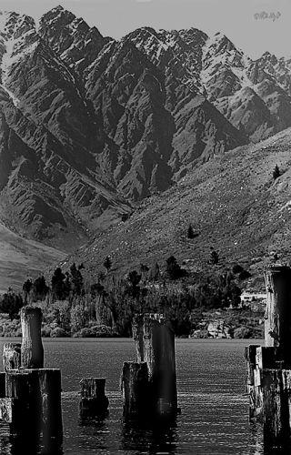Lake & Remarkables mountain range