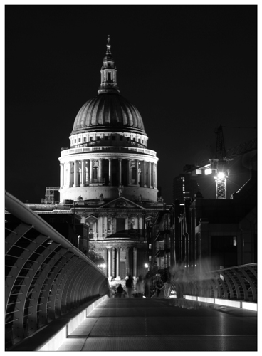 St Pauls from the Wobbly Bridge