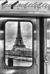 eiffel tower metro