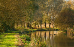 The Kennet & Avon Canal in the Autumn