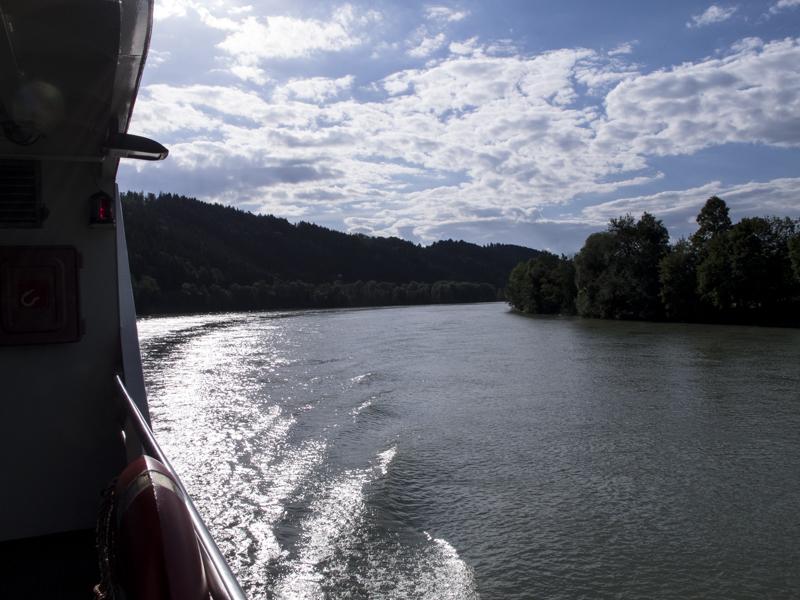 Danube - river view 0119
