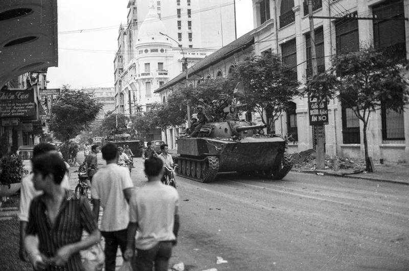 NVA tank arriving