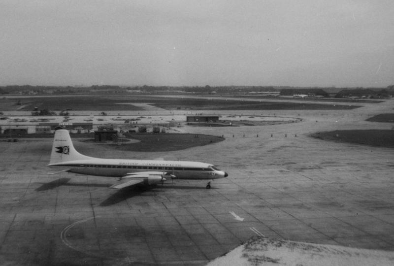 London Airport027