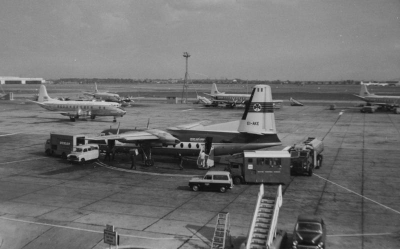 London Airport June 1959001