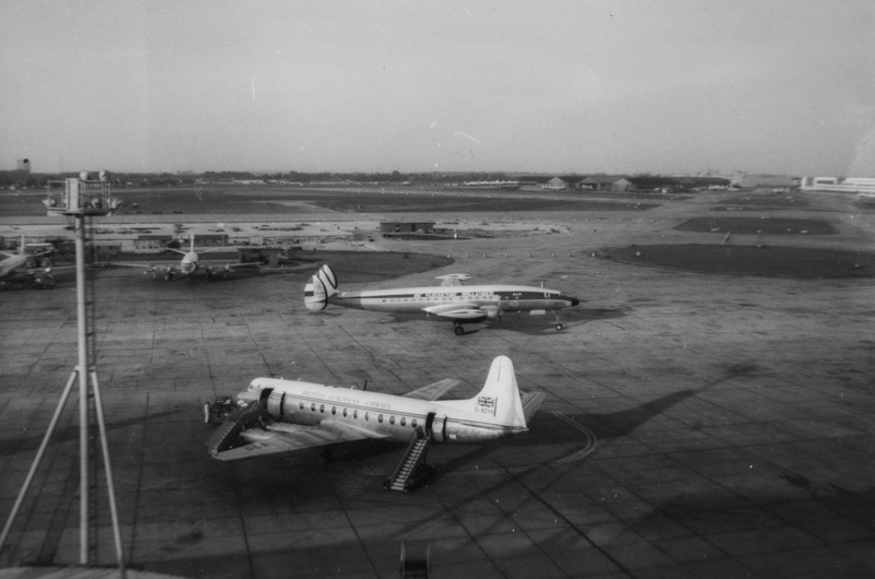 London Airport June 1959002