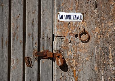 Door locks in Malta
