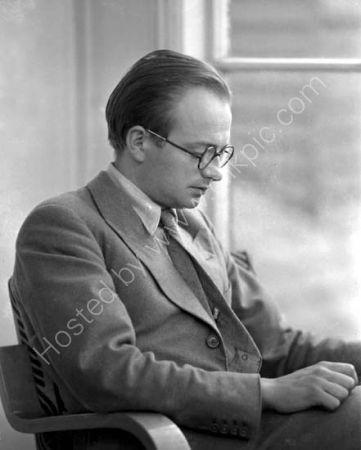 Dr J.H. Plumb.