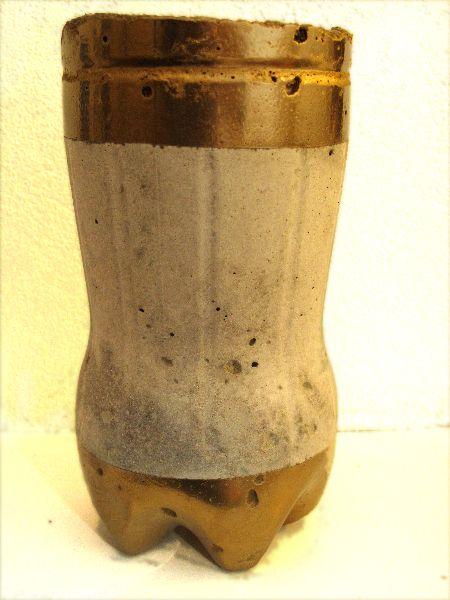 Hypertufa plant pot, Gold paint.