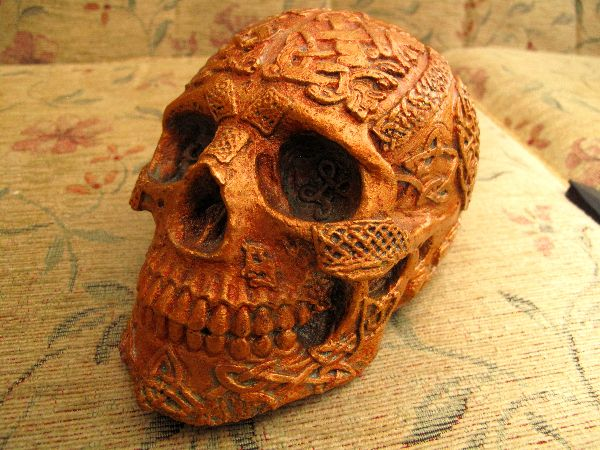 Skull Celtic - Copper Gold Pint, Etsy PJCreationCraft