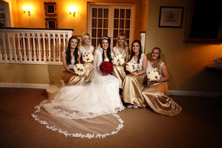 Fiona and bridesmaids, Greywalls Hotel
