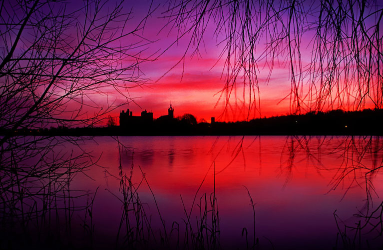 Linlithgow Palace breaking dawn