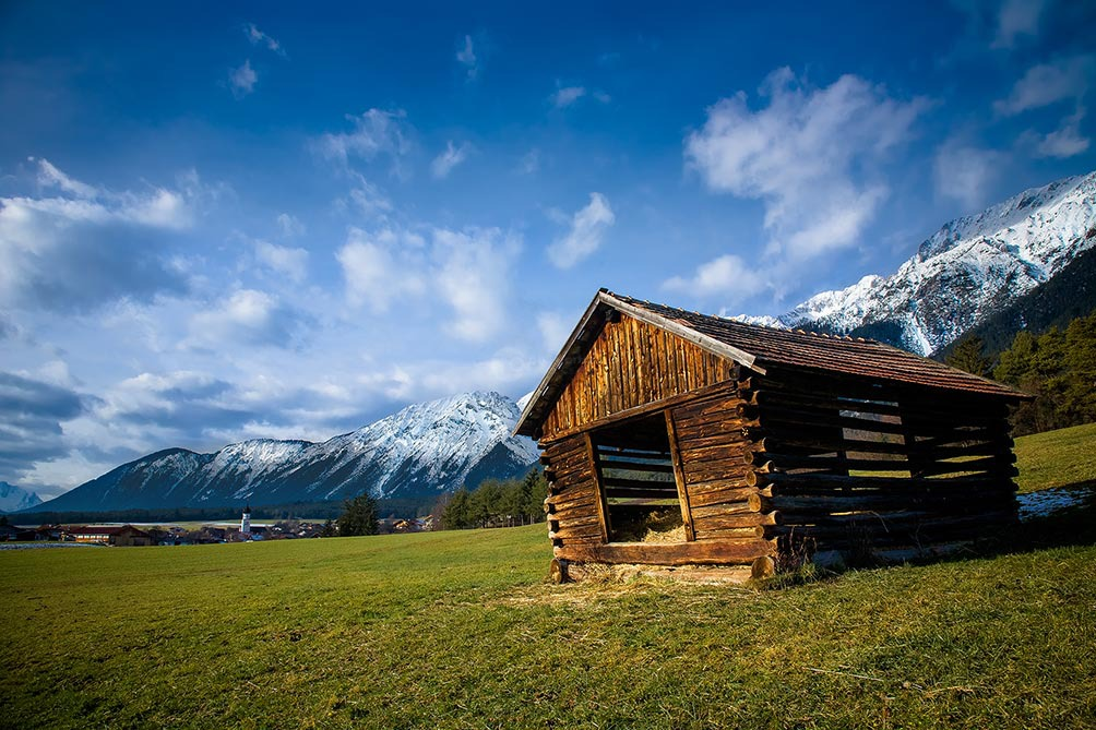 Mountain-Hut-Austria-3