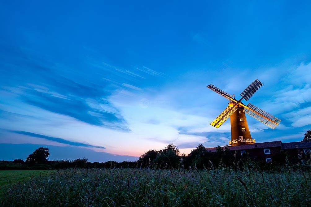 Night Dream-Skidby Mill