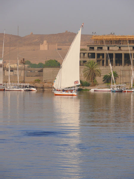 Felucca by the mausoleum of the Aga Khan