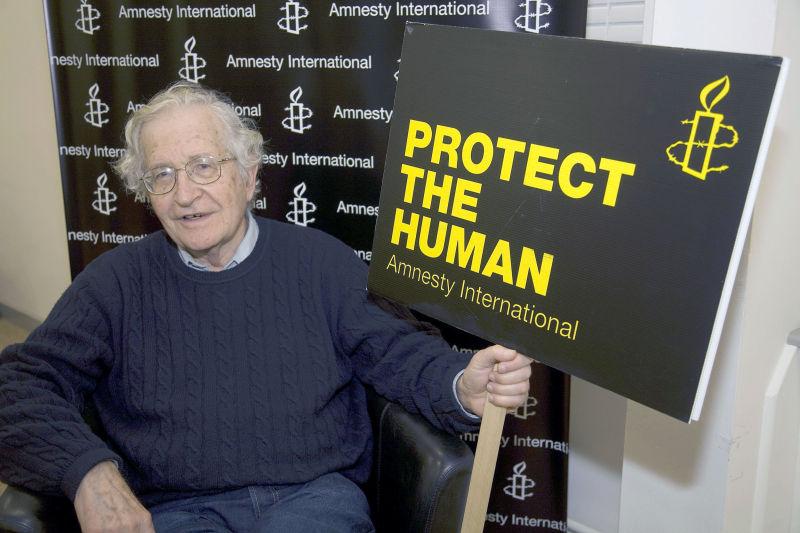 Noam Chomsky in Belfast 2009