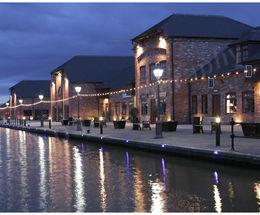 Barton Turns Wharf