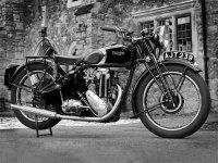 1939 De Luxe Model 2H