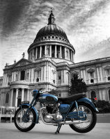 Thunderbird at St Paul's