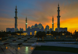Sheikh Zayed Grand Mosque  just after sunset