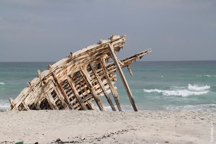 Shipwreck remains in Masirah