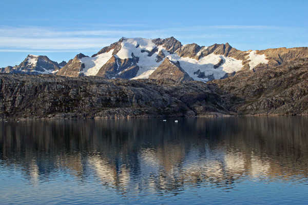 Mountains - Skjoldungen Island