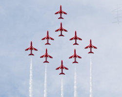Red Arrows 12