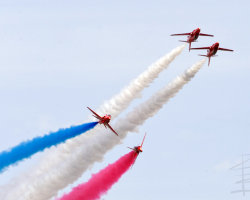 Red Arrows 16