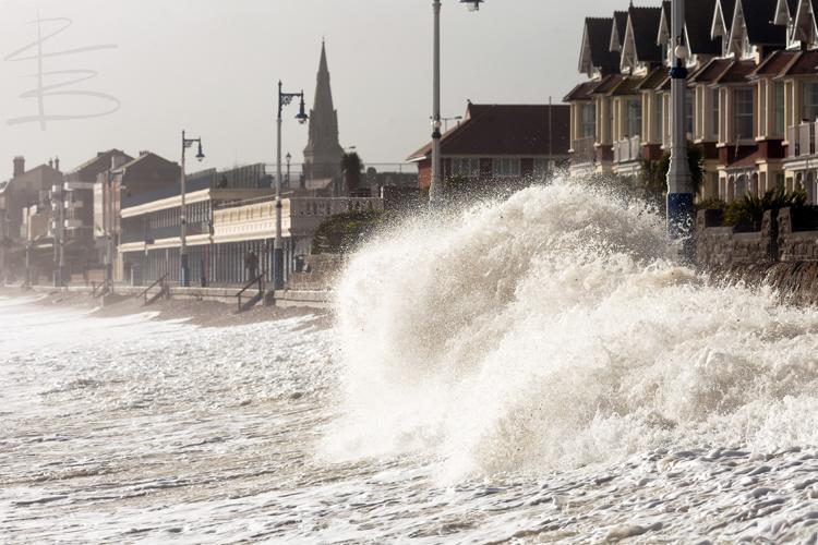 Wet Weymouth