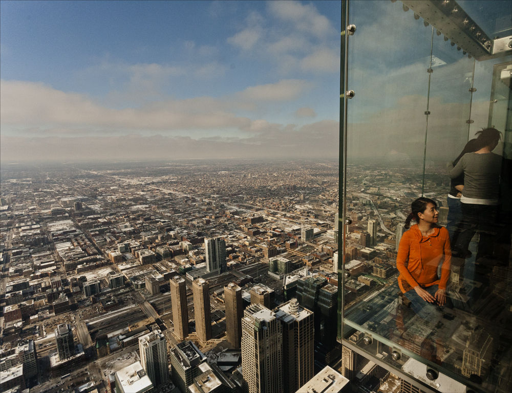 Willis Tower, Outside