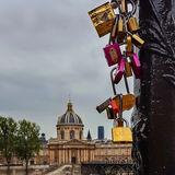 Only a few lovelocks left - Pont des Arts