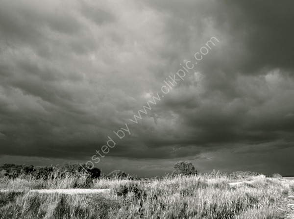 storm approaching Keyhaven