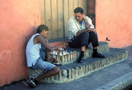 Playing Chess,Camaguey