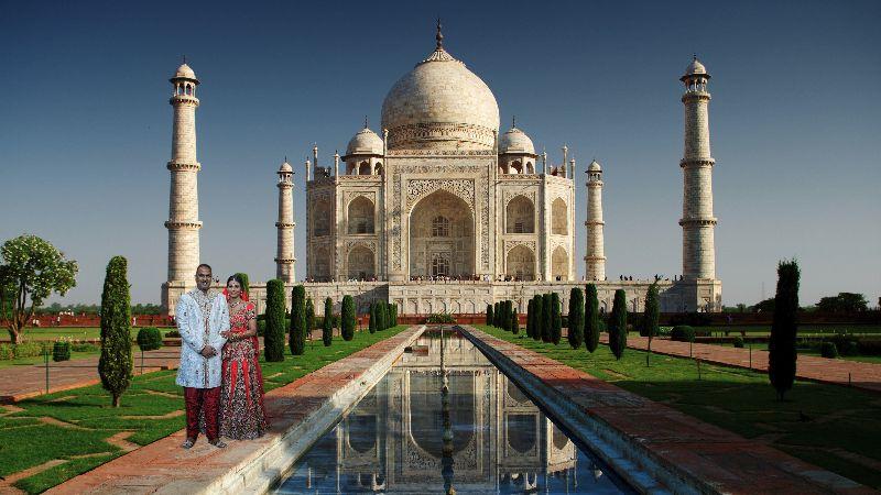 Nila & Prakash Taj