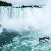 2012-Niagara Falls Maid in the Mist