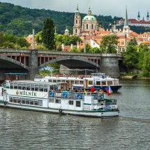 8026-Prague boats view buildings