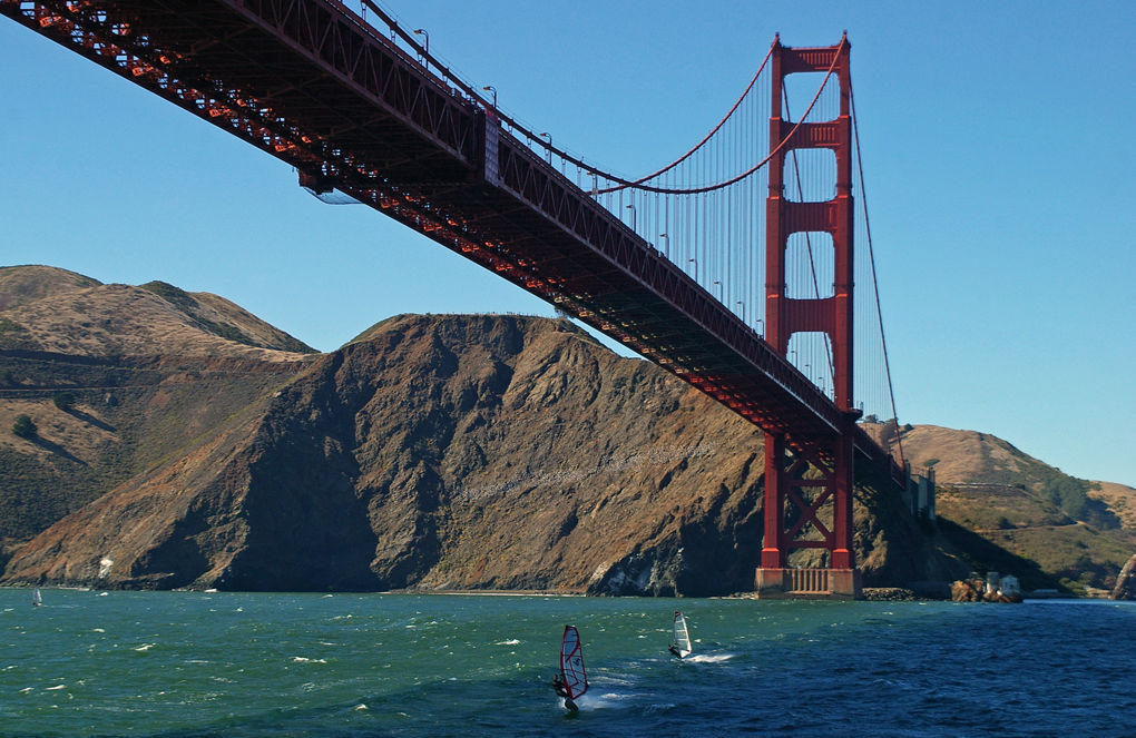 Golden Gate bridge surfers