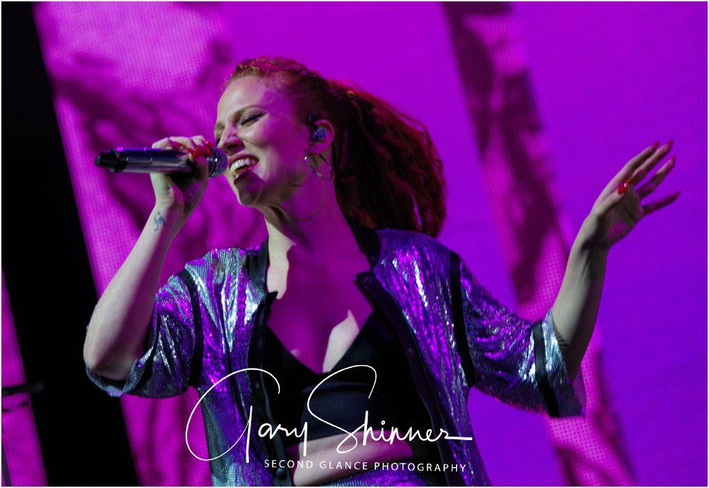 Jess Glynne 23