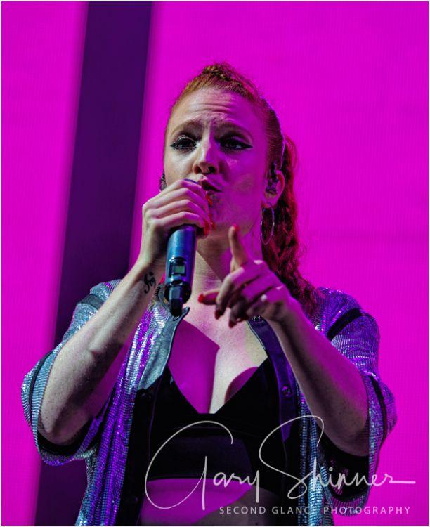 Jess Glynne 24