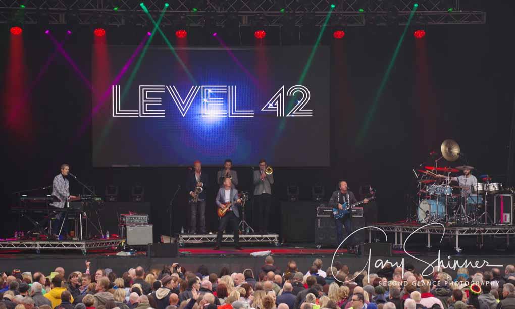 Level 42 25