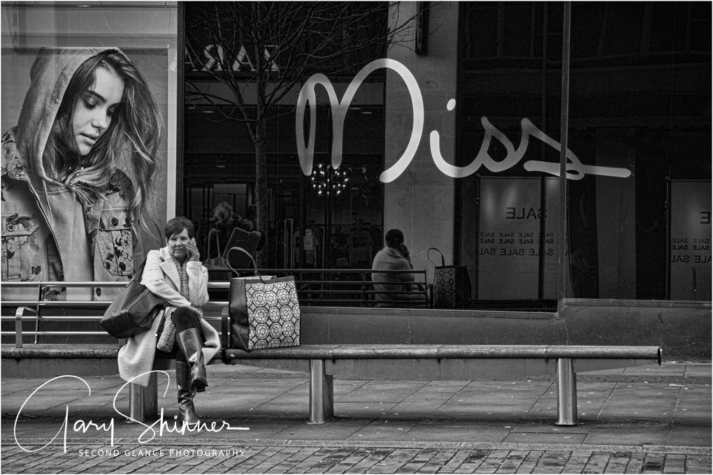 Miss Muffet - Mono