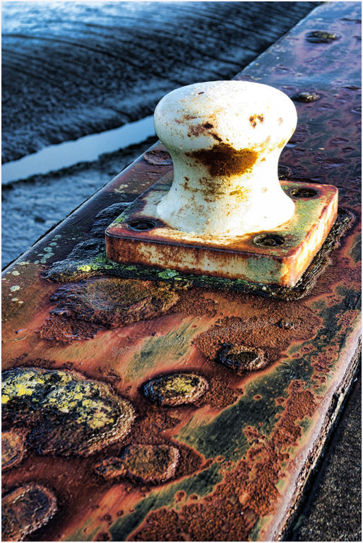 Rusty mooring point