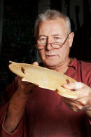 Phil Davidson, Luthier