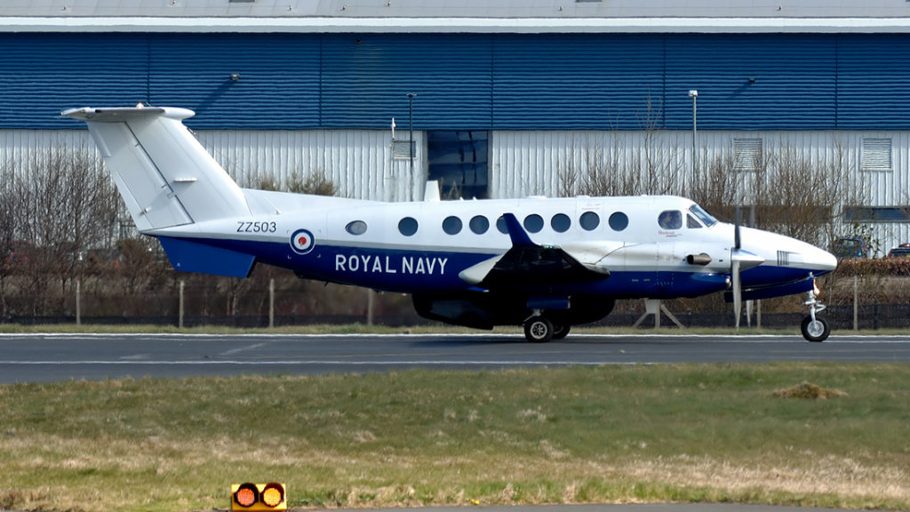 Royal Navy     Hawker Beechcraft B300 Avenger T-1  ZZ305