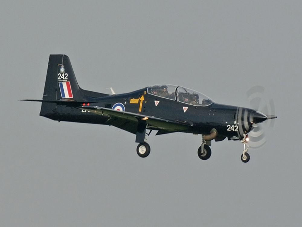 RAF Shorts Tucano T1   ZF242
