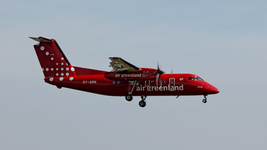 Air Greenland  De Havilland DHC-8-202   OY-GRH
