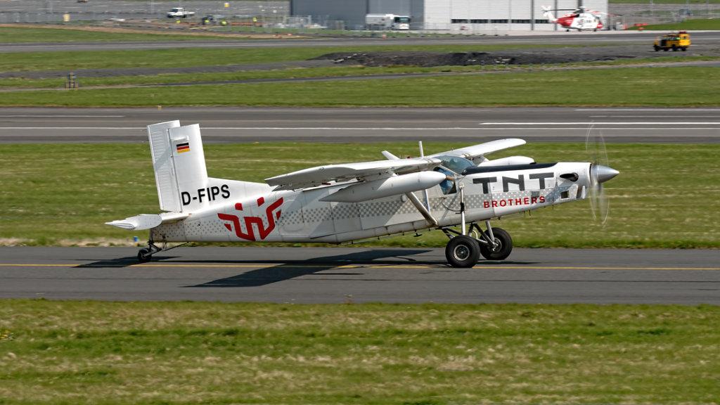 Pilatus  PC-6/B2-H4   D-FIPS